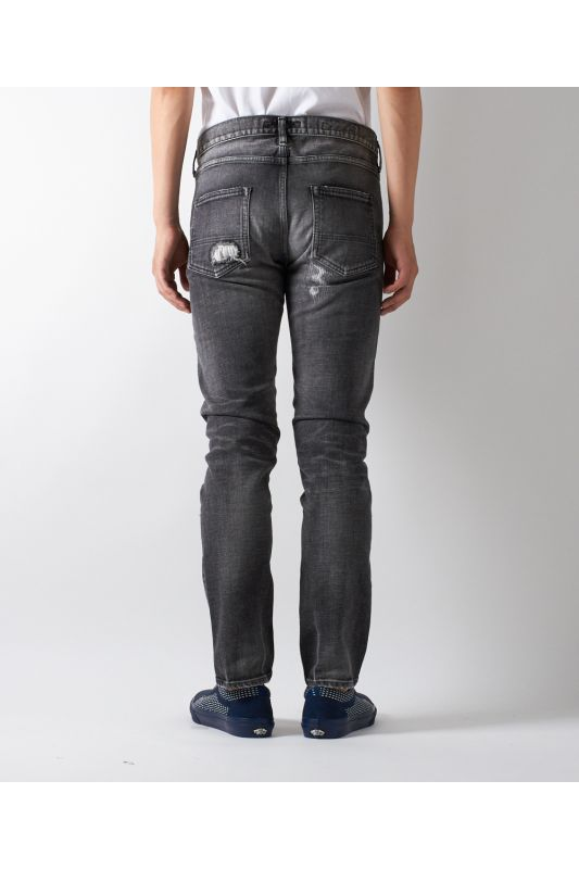 SKINNY FIT BLACK DENIM CS71